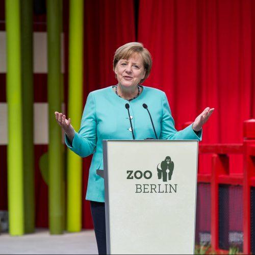 Bundeskanzlerinmerkel_Eröffnung_Pandagarden_Zooberlin2017-E1526373567754