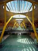 Lichteinfall-In-Der-Haupthalle-Klein
